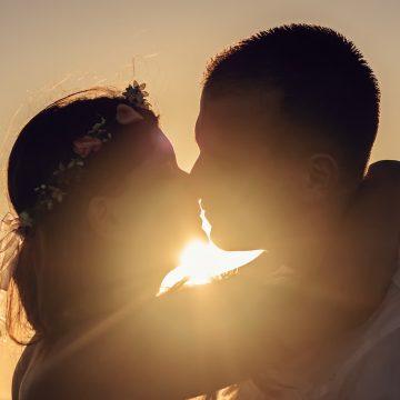 Los mejores besos del zodiaco