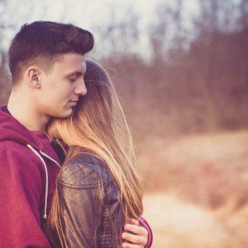Fin de una relación: cómo afecta a los signos de Fuego